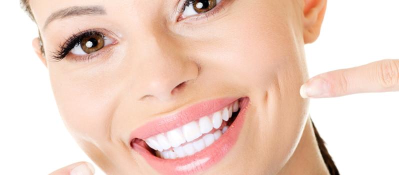 sbiancamento dentale - denti bianchi